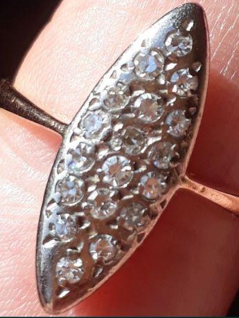 Золотое кольцо 583проба Лодка с природными бриллиантами