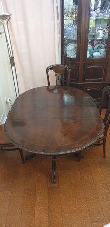 Mesa de Jantar Oval /extensível, em mogno+ 4 cadeiras c/ forro em pele