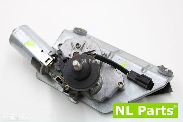 Motor do limpa vidros Mitsubishi Space Star 0390206515
