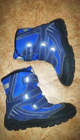 Ботинки сапоги на мальчика Clarks 19см.