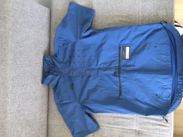 Куртка Nike AIR Pivot V3