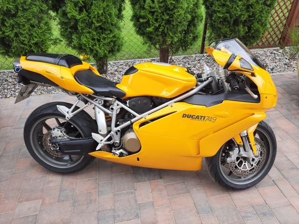 Ducati 749 Testasttreta Superbike
