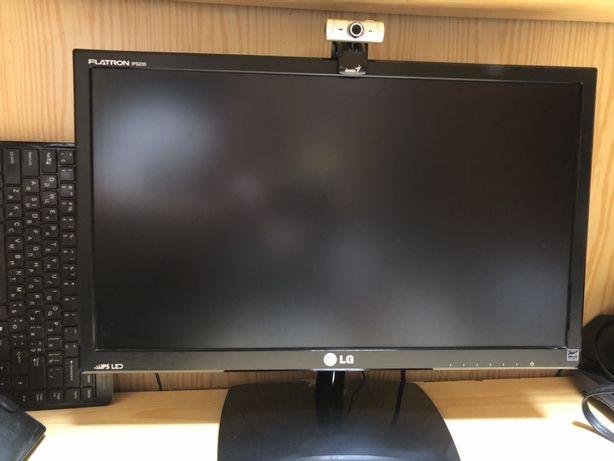 Пофесиональный Монитор LG IPS235