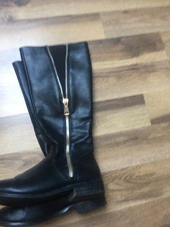 Buty zimowe kozaki czarne na zamek elastyczne 38
