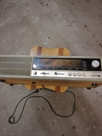 Stare radio marki Unitra - Giewont