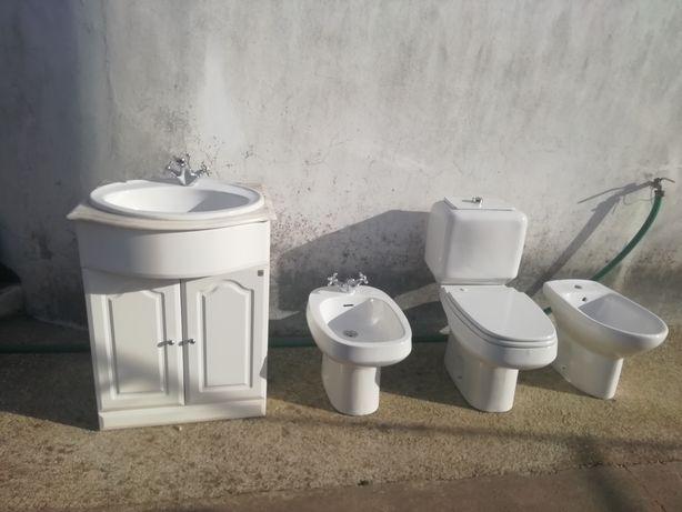 Conjunto casa de banho