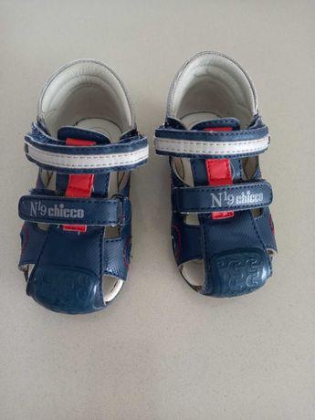 Sandálias chicco tamanho 20