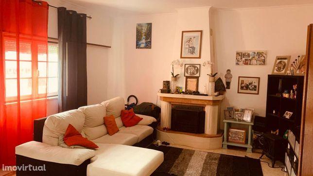 Apartamento T3, Venda do Pinheiro