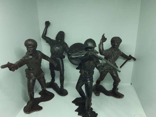 Игрушки СССР Солдатики