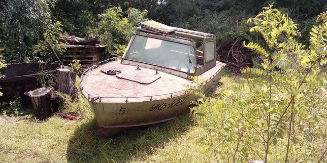 Продам прогулянковий катер прогресс з кабіною N 72
