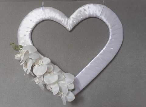 białe serca weselne z kwiatami 3 sztuki