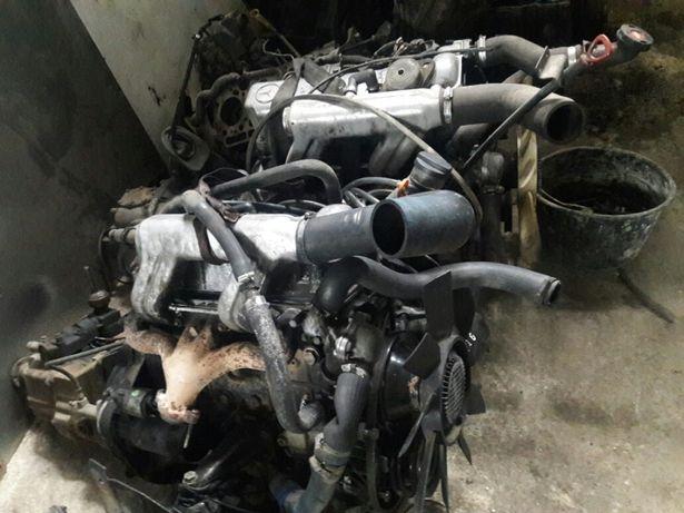 616 2.4 двигун на уаз з мерседеса 207 307 мб100 авторозборка