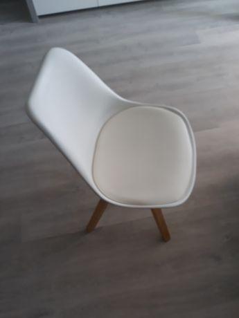 Krzesła do kuchni i salonu