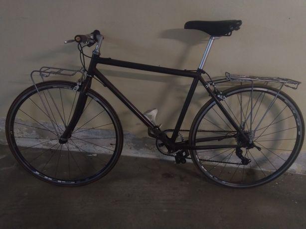 Bicicleta de cidade restaurada