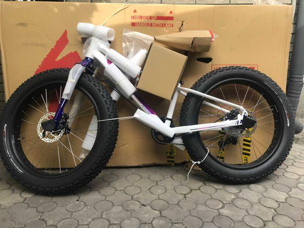 новий підлітковий фетбайк - горний велосипед Speсialized FATBOY