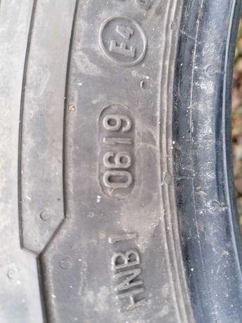 215/65r16C Michelin vancontact pars