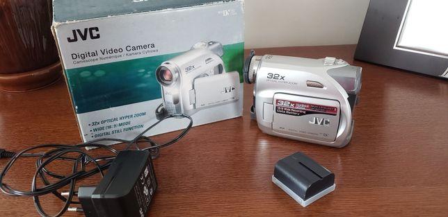 Відеокамера jvc gr-d370e