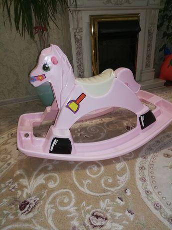 Детская фирменная качалка лошадка Израиль качественная - 70%