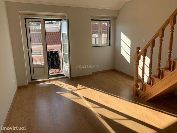 Apartamento   T2   Arrendar