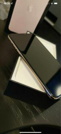 Apple iPhone 11 Pro Max - 256GB - Gold