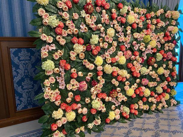 Ścianka z kwiatów