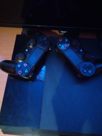 Konsola PlayStation PS4