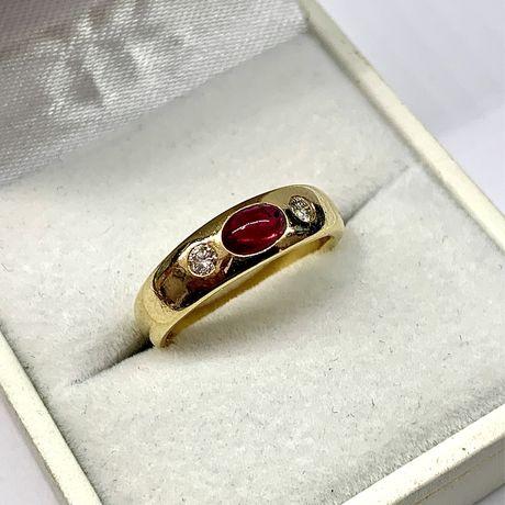 Pierścionek ręcznie wykonany ze złota 750 z rubinem i diamentami