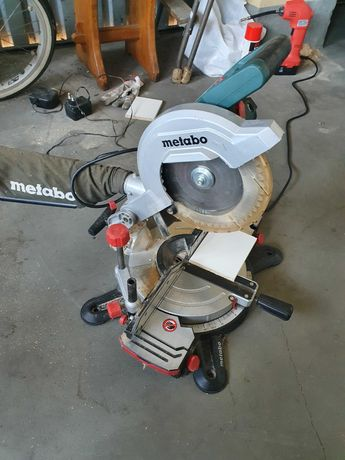 Ukośnica Metabo KS216 M