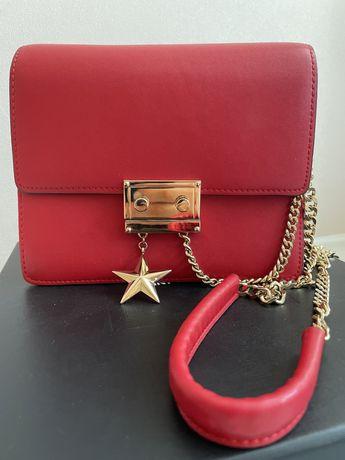 Продам красную сумку