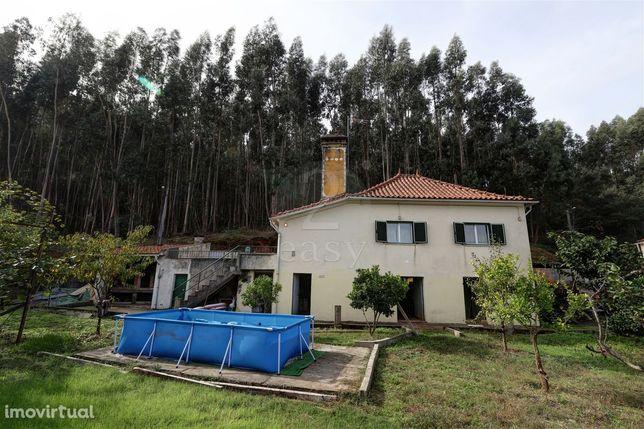Quinta com Moradia T3 e 1280m2 de Terreno em Areias e Pias, Ferreira d