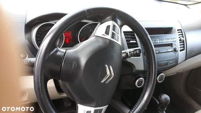 Citroën C-Crosser Sprzedaż