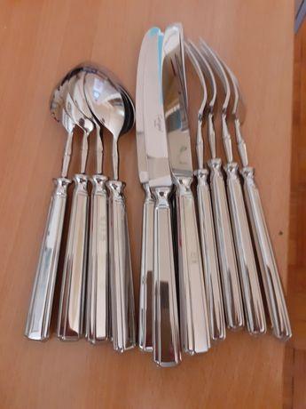 4 conjuntos de mesa do faqueiro  Picadilly da Cutipol