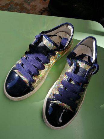 Взуття дитяче JogDog
