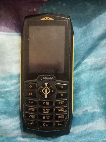 Продам Телефон Sigma X-treme PQ68