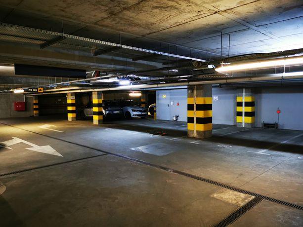 Miejsce Postojowe w hali parkingowej Poznań Casa Verona Garbary 100