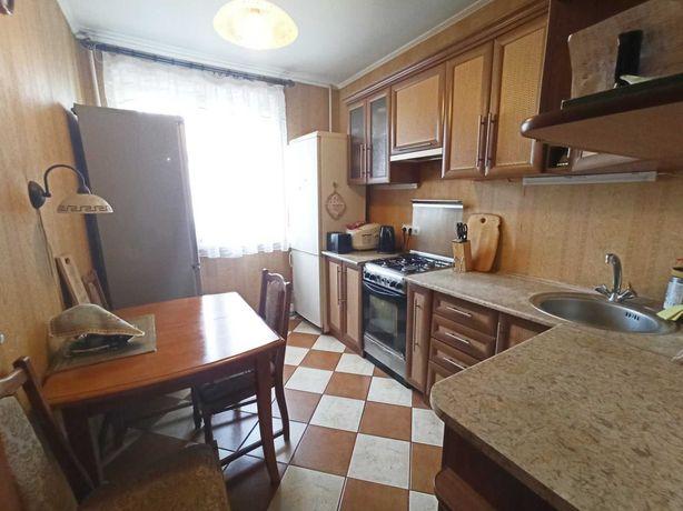 Продам 3-ох кім квартиру в житловому стані по вул. Довженка