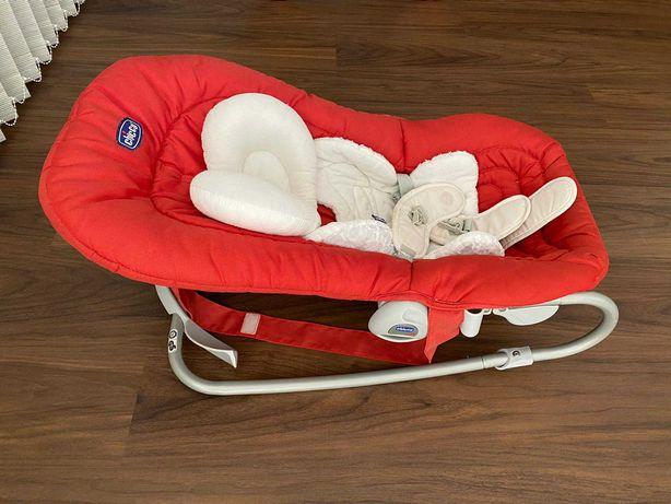Cadeira de embalar bebé