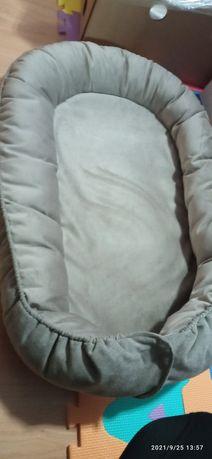 Ninho para bebé cor cinza