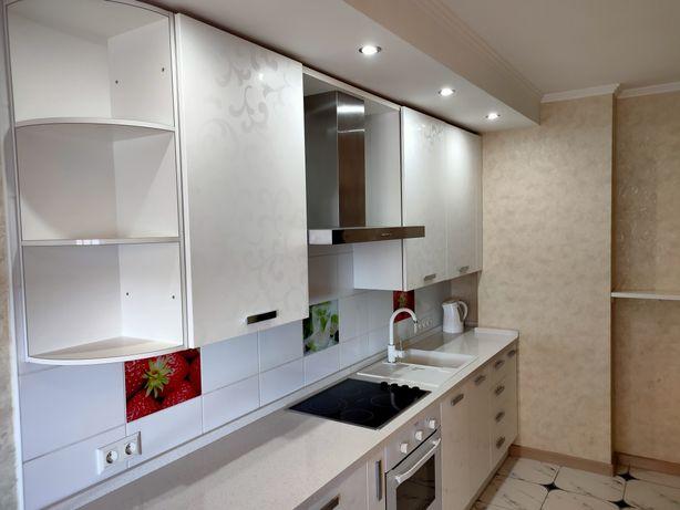 Продам просторную 1-комнатную с ремонтом, мебелью и всей техникой
