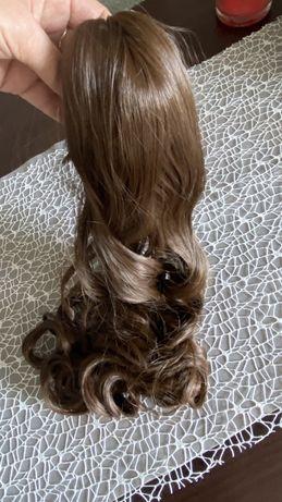 Treska, dopinka z klamrą, fryzura w 5s, brąz, nowe, 56 cm, peruka