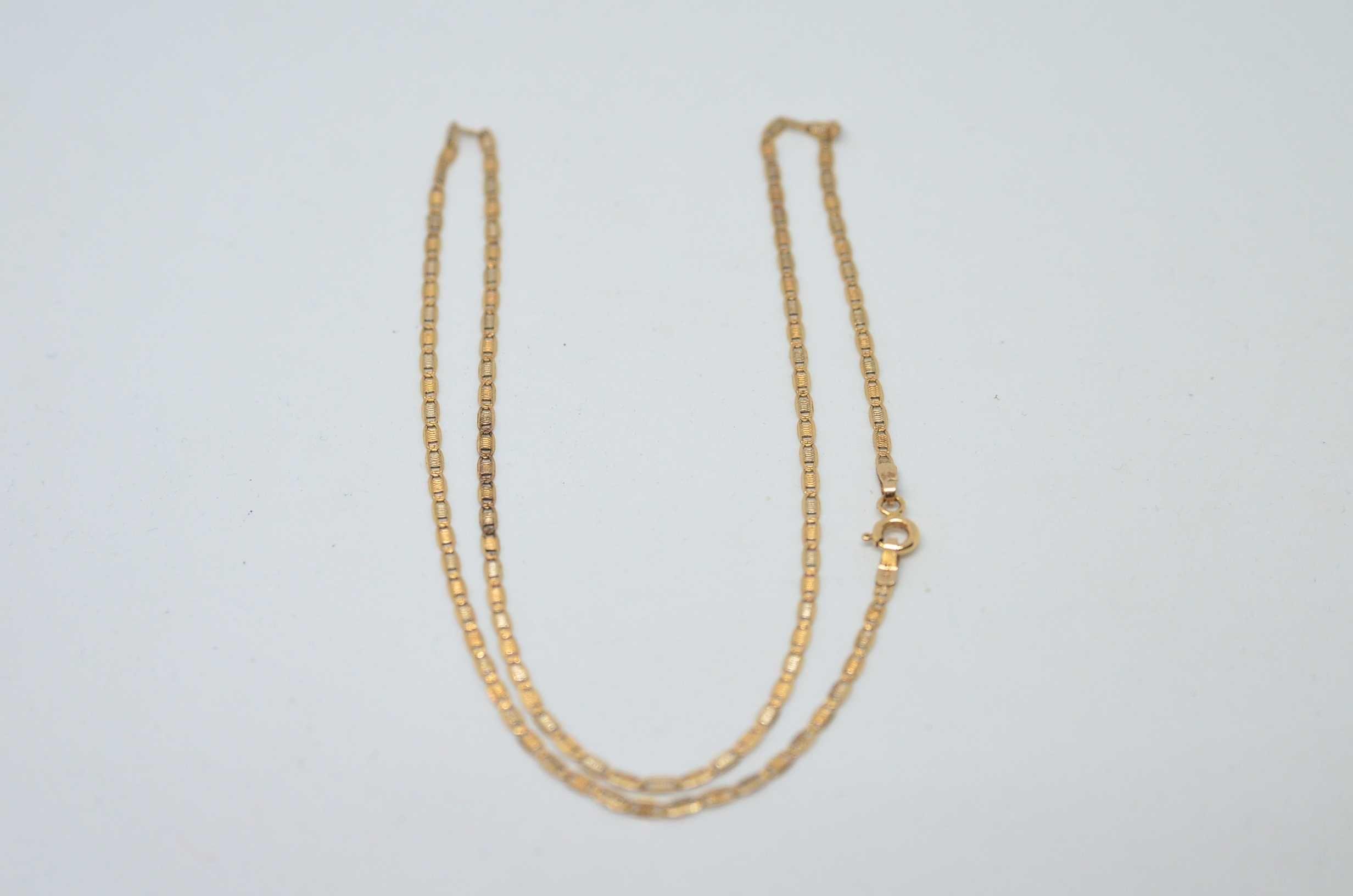 Łańcuszek złoty 585 waga 2,78g długość 45cm szerokość 2mm