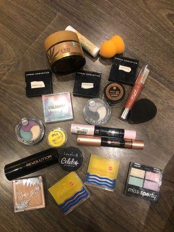 Zestaw kosmetyków kosmetyki pielęgnacja bell lovely makeup revolution