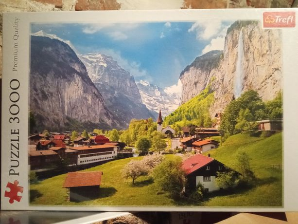Nowe puzzle Trefl 3000 Lauterbrunnen, Szwajcaria