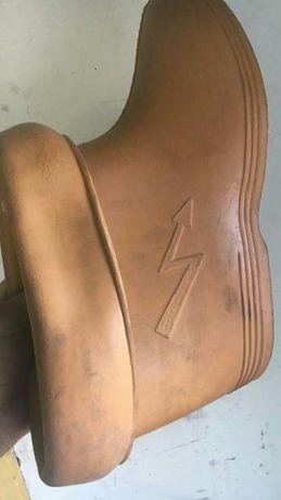 сапоги для електриков