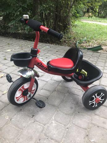Велосипед трьохколісний Tilly DRIVE (T-318)