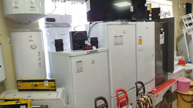 Холодильник стиральная машинка микроволновка