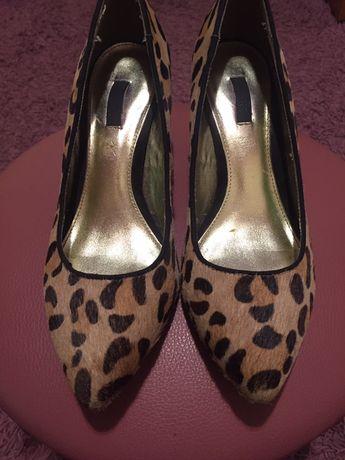 Стильні туфлі леопард шерсть 36 р туфли