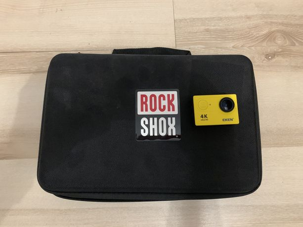 Kamera sportowa Eken H9R 2 baterie +duzo akcesorii oraz torba