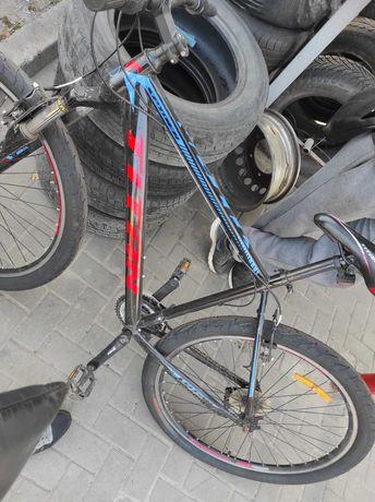 Велосипед титан.