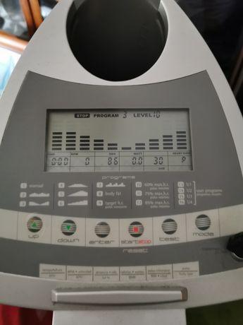 Elíptica BH Fitness